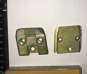 Защелка УАЗ-452 замка двери правая Н/О